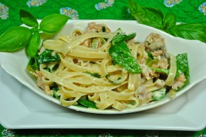 Spinach Fettucini with Sweet/Hot Sausage