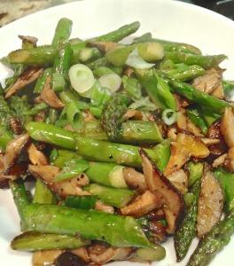 Stir-fried Asparagus and Shitake Mushrooms