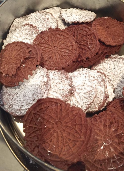 How Do You Make Chocolate Pizzelles